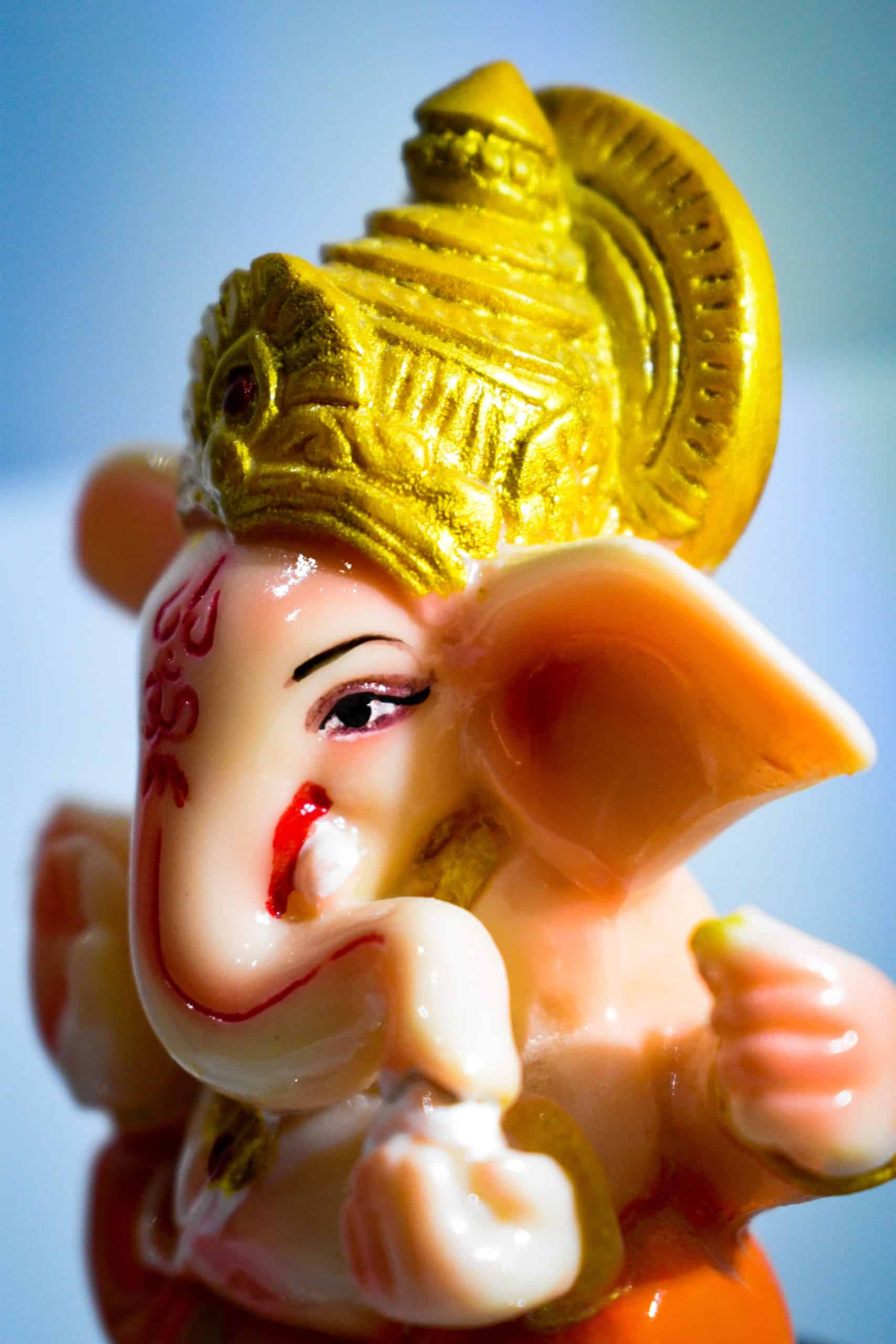 How to Find Correct Types of Ganesh Idols for Gifting (and Home)